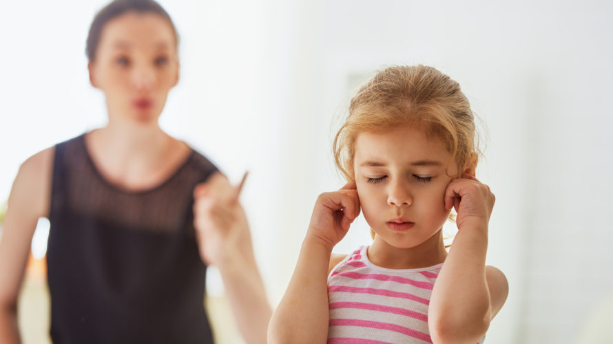 病気や障害が心配…親・先生・人の話を聞かない子供の対処法とは?