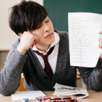 勉強する気になれない高校生…勉強が嫌いな理由と克服する方法とは?