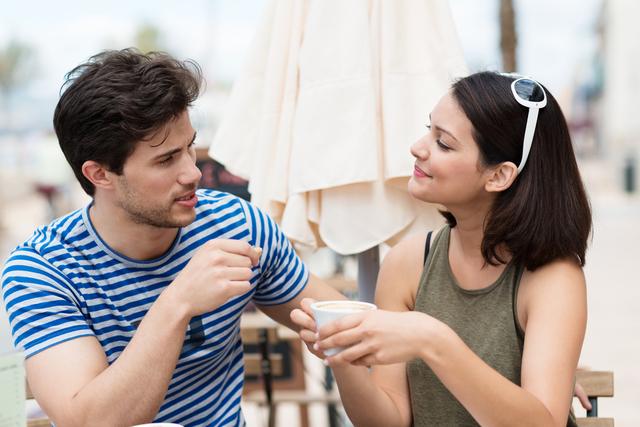 付き合う前の初デート!緊張する理由と沈黙にならないための会話とは